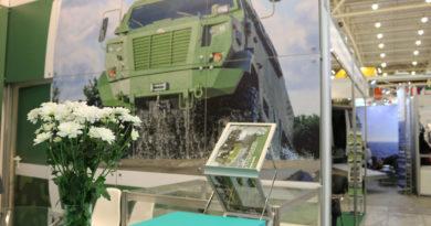 Армійські КрАЗи гідно демонстрували вітчизняний військовий потенціал